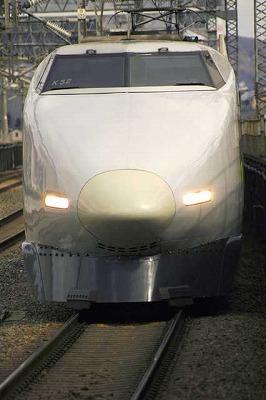 ワールドメイトの救霊は新幹線に乗って
